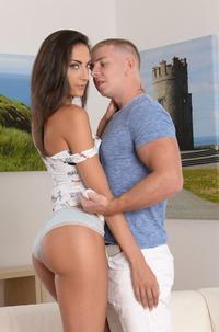 Czech Hottie Miky Love Loves Making Wet Blowjob
