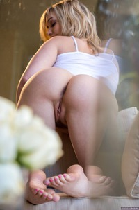 Mia Malkova Pleasures Herself With Fingers