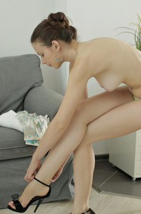 Brunette Teen Peachy Fucking During Massage