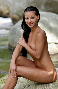 Melissa Nude By The River-03