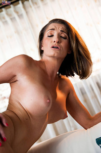Cameron Canela And Silvia Saige Lesbian Pussy Lick