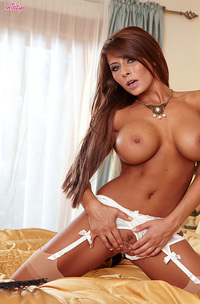 Madison Ivy Big Tits-09