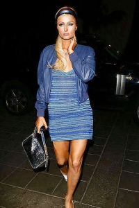 Paris Hilton Looks Nice In Blue Dress