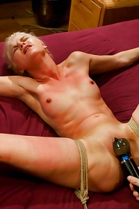 Natasha Lyn Nasty Blonde Slut Gets Punsih Hard