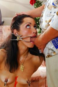 Girl Slave Gets Fucked