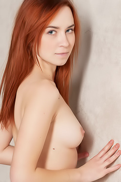 Naked Redhead Teen Kelly G