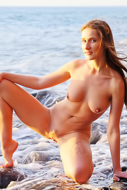 Nice Amateur Teen Elina On The Beach