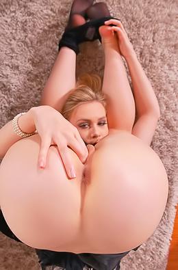 Hot Russian Teen Alecia Fox In Pantyhose So Flexible