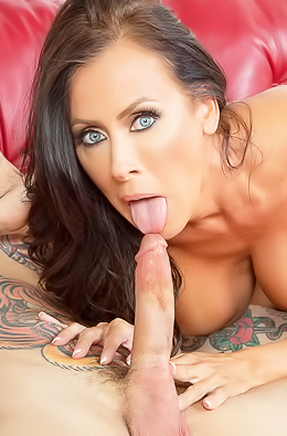 Reagan Foxx Gets Jizzed After Sucking Big Cock