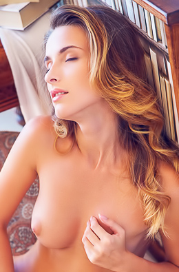 Hungary Star Cara Mell Naked