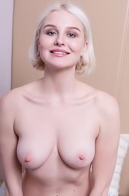 Natalie P Amateur Blonde Teases
