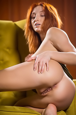 Redhead Cutie Michelle H Take Off Her Panties