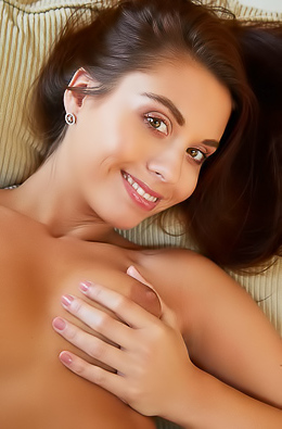 Sabrisse A Flashing an amazing smile, she ends up naked on the couch