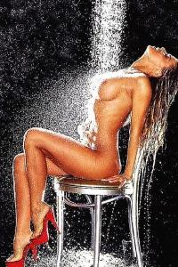 Carmen Electra Naked Tease