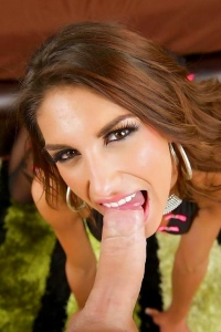 August Ames Gives A Perfect Blowjob