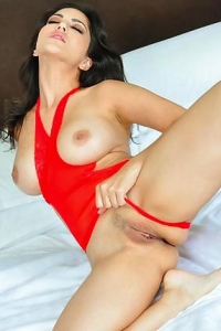 Sunny Leone Strips Off Her Red Laced Lingerie