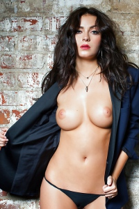 Fall For The Gorgeous Alexandra Tyler Right Now