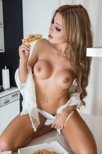 Isabell Budenbender Nude Photos