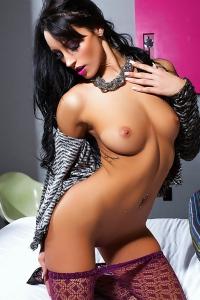 Hot Playmate Kendra Cantara Gets Nude