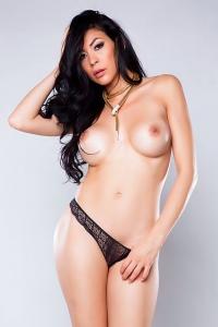 Heather Vahn Posing In Sexy Lingerie