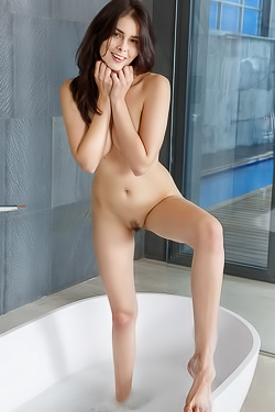 Amelie Belain Takes A Hot Bath