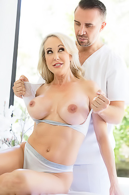 Sexy MILF Brandi Love Massage Fuck